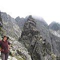 Czarny Mniszek na tle Koziego W #Góry #Tatry #KoziWierch #CzarneŚciany #ZadnyGranat