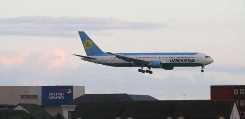 B767 Uzbekistan Airlines #samolot #lotnisko #kamera