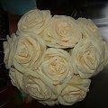 #KwiatyZBibuły #bibuła #krepina #dekoracje #hobby #KompozycjeKwiatowe #MojePrace #pomysły #Agnieszka #pasja #RobótkiRęczne #rękodzieło #moje #RózeZBibuły #Paary