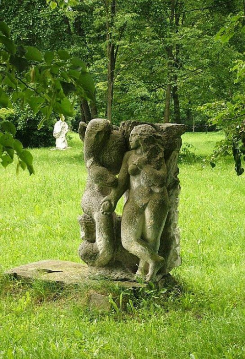#rzeźba #muzeum #CentrumRzeźbyPolskiejOrońsko #Orońsko #park #Oronka #sztuka #turystyka #one