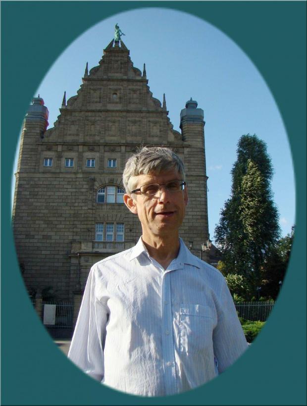 Turysta z Bydgoszczy w Toruniu, sierpień 2009 r. ( album ten Kroplideszczu dedykuję )