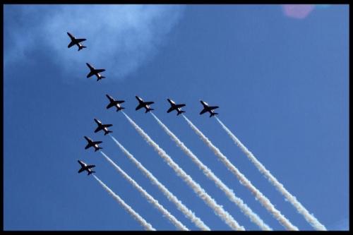 #airshow #air #show #radom #PokazyLotnicze #pokaz #lotnictwo #samoloty #samolot #niebo #chmury #red #arrows #RedArrows