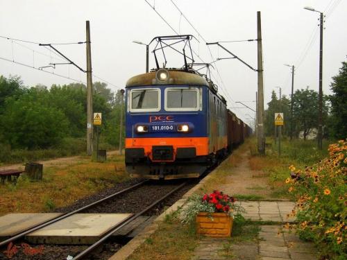 Przetycz | Skoda 181.010-0 z węglem do Zespołu elektrowni Ostrołęka. #skoda #PCC #towarowy #brutto #Przetycz