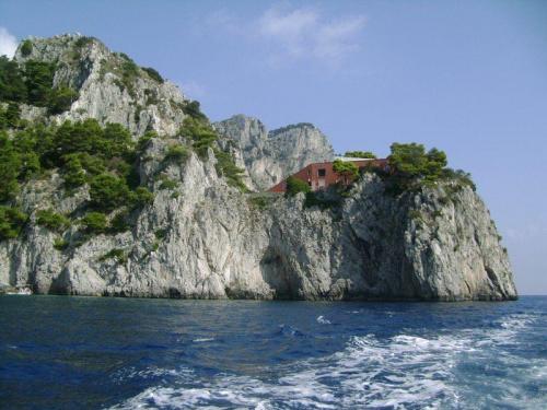 Capri #italia #wlochy #moze #skały #włochy