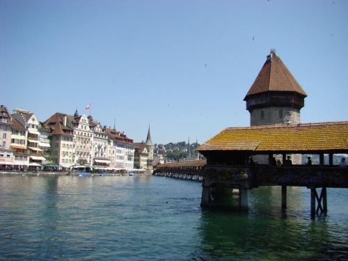 Drewniany most w Lucernie.