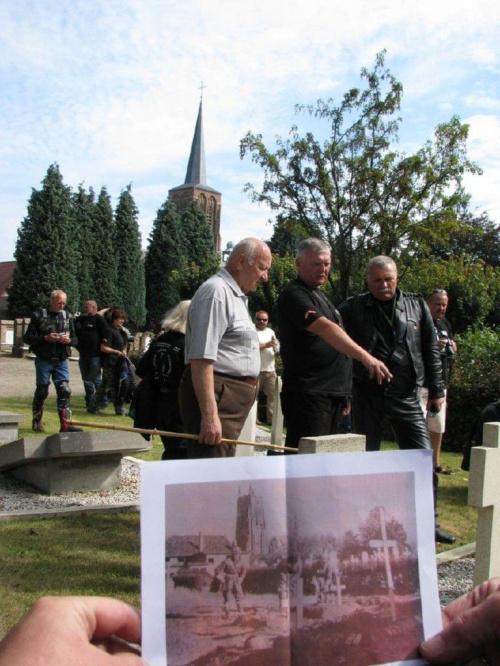 Alphen - cmentarz polskich żołnierzy przy Poolsestraat - ul Polskiej #RajdMaczka #GenerałMaczek