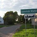 Foto: R.Kaczmarek - Sokolniki Wielkie; wjazd od strony Kaźmierza. #architektura #GminaKaźmierz #krzyż #PowiatSzamotulski #przyroda #widok #SokolnikiWielkie #wieś #pejzaż #drogowskaz